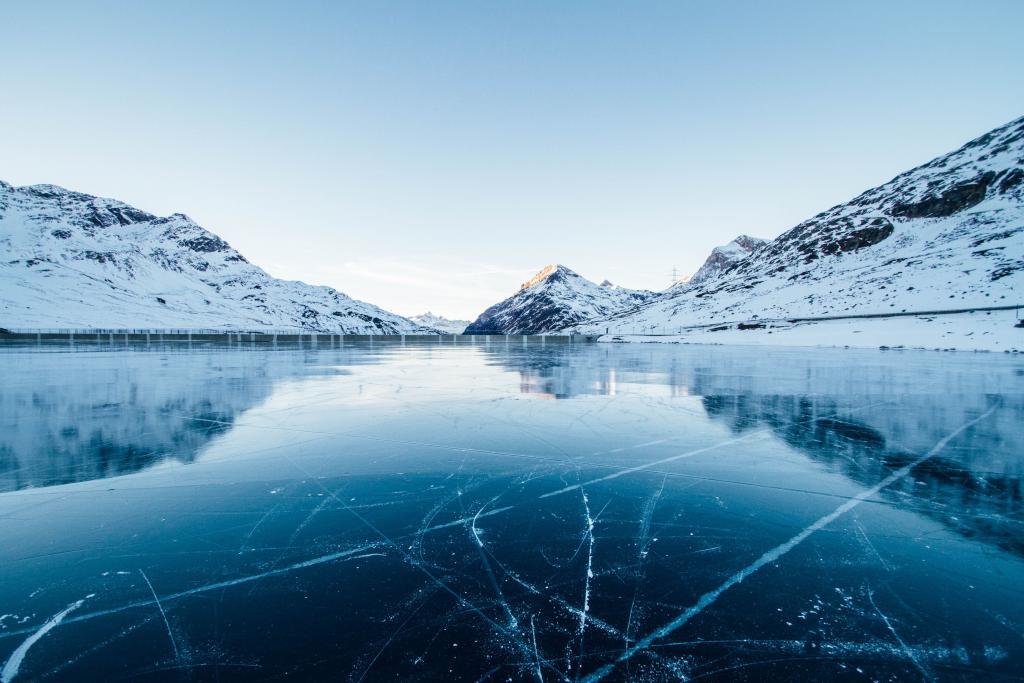 Как живеят хората в най-студеното място на света?