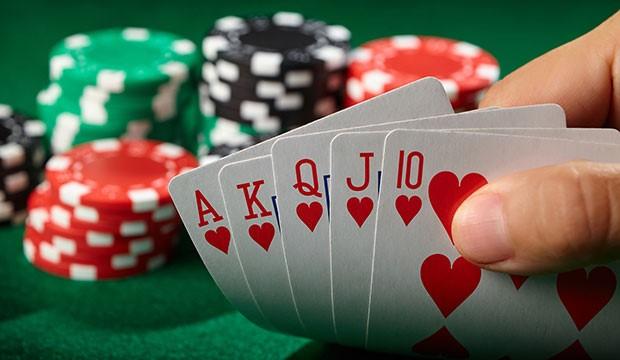 Покер за начинаещи? Как да се научиш да блъфираш като професионалист