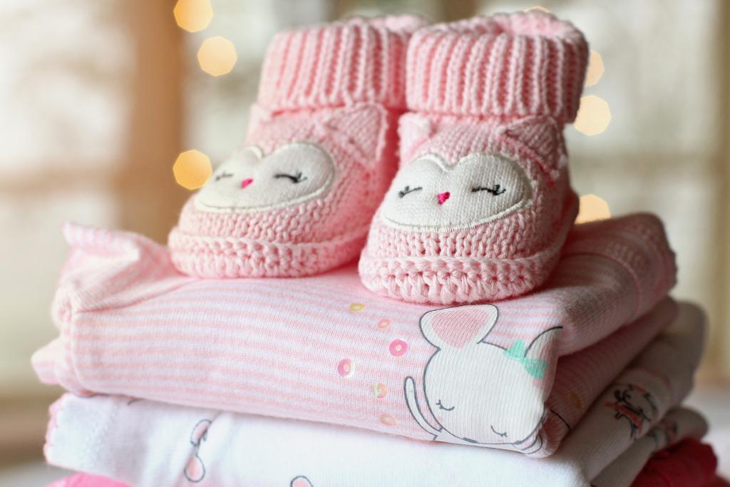 Вижте как да избирате дрехи за вашето бебе момиче